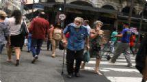 Mortes de idosos acima de 90 anos por Covid-19 caem 70% na cidade de SP em fevereiro